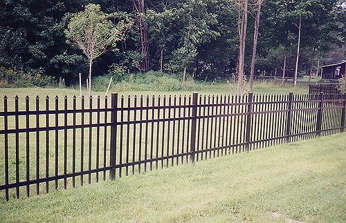 aluminum-fence-3