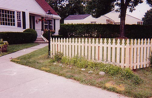 french-point-picket-fence