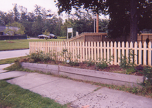 gothic-picket-fence